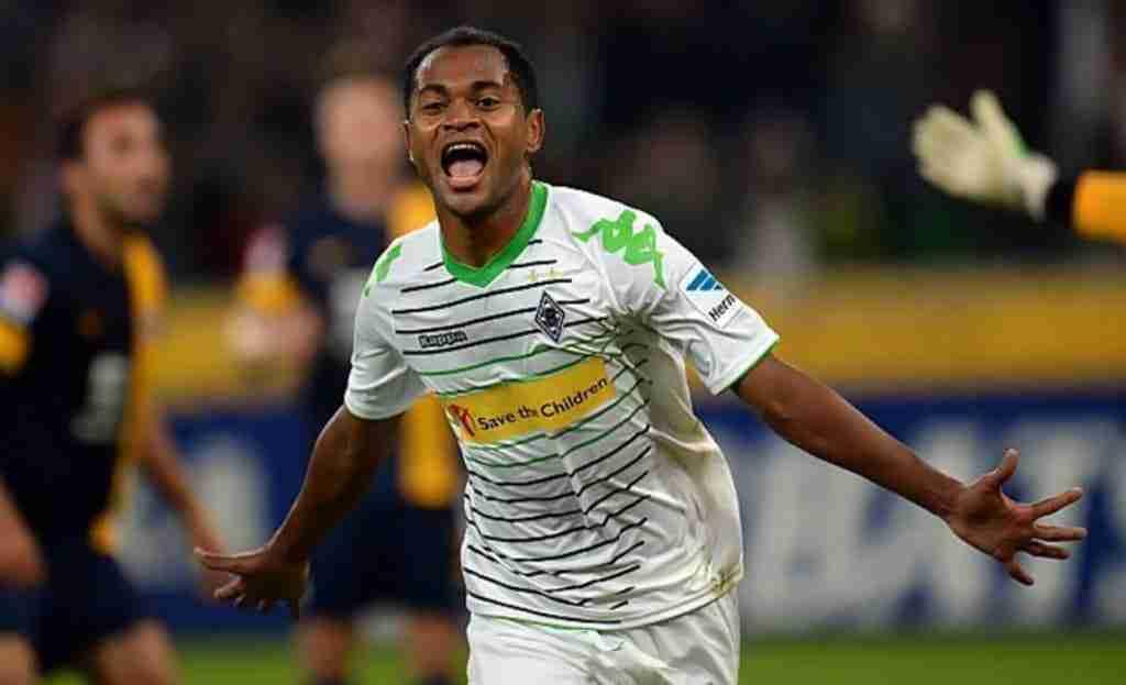 Raffael celebra gol Borussia
