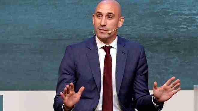 Luis Rubiales rueda de prensa explica nueva Copa del Rey