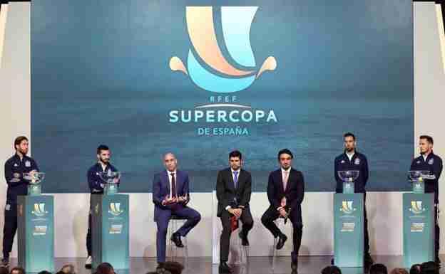Luis Rubiales en el sorteo de la Supercopa que se disputara en Arabia Saudí